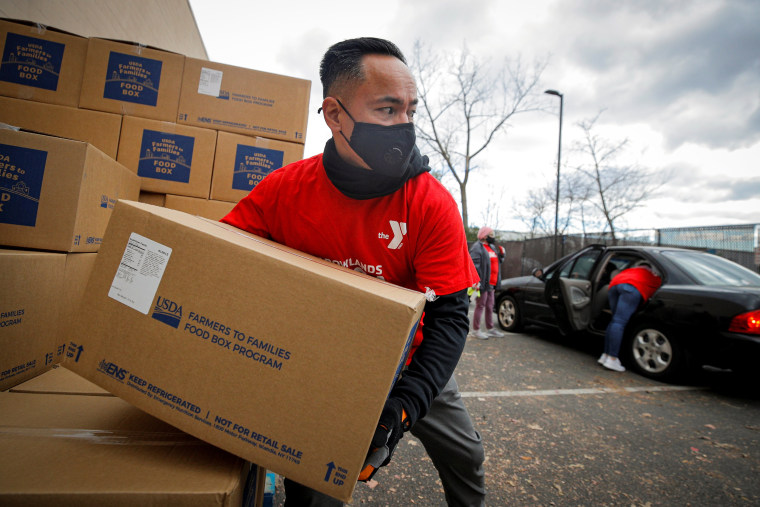 Image: Thanksgiving holiday food drive  in East Rutherford, New Jersey