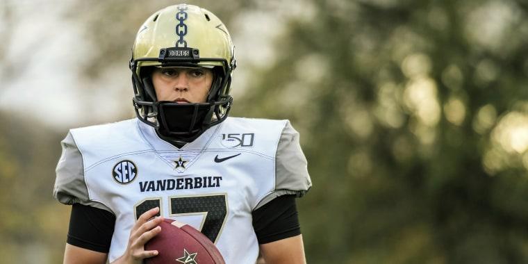 Image: Vanderbilt kicker Sarah Fuller