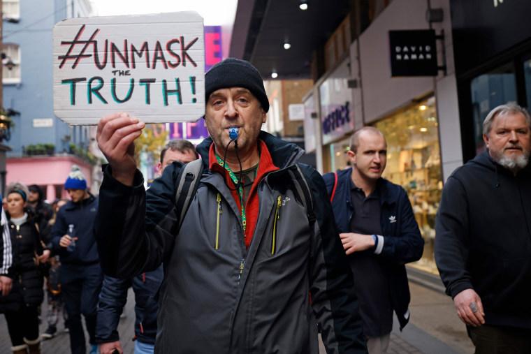 Image: BRITAIN-HEALTH-VIRUS-PROTEST