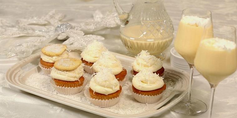 Aunt Sandy Claus Christmas Sugar Cookie Cupcakes