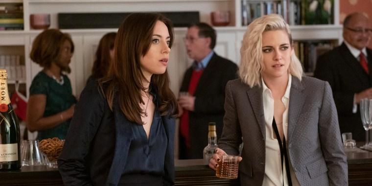 """Aubrey Plaza and Kristen Stewart in Hulu's """"Happiest Season."""""""
