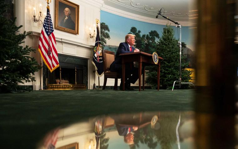 Image: US-POLITICS-TRUMP-THANKSGIVING