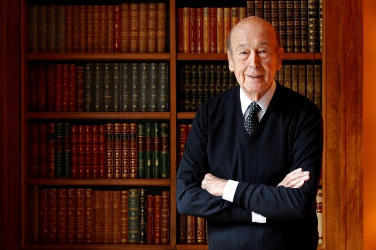 Image: FILE PHOTO: Former French President Valery Giscard d'Estaing poses in his office at his Paris home