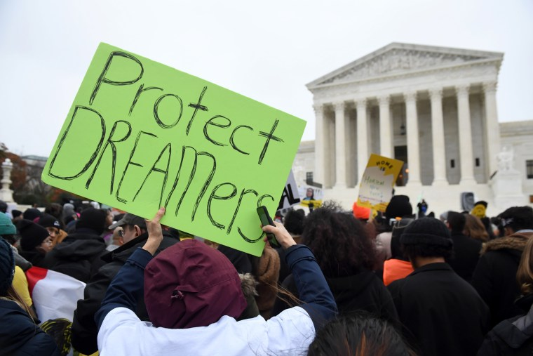 Image: US-COURT-IMMIGRATION-DREAMERS