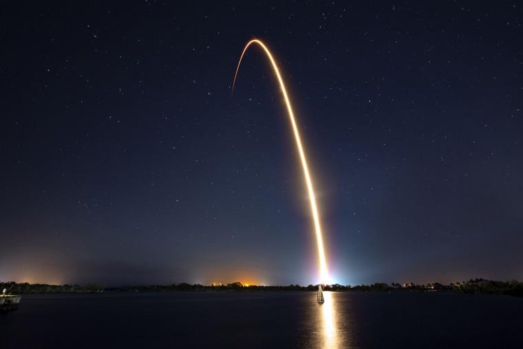 Image: TOPSHOT-US-ISRAEL-SPACE-MOON-SPACEX