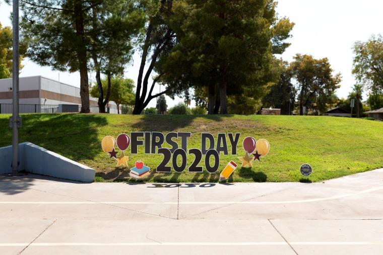 Image: Rover Elementary School in Tempe, Ariz., on Aug. 17, 2020.