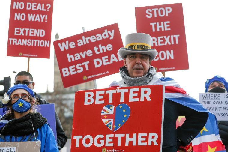 Image: Anti-Brexit demonstrators