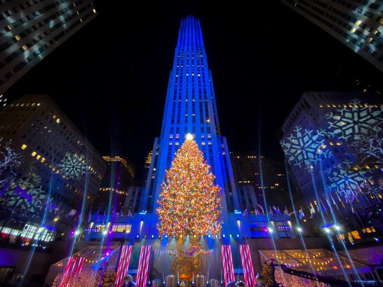 Image: Rockefeller Center Christmas tree