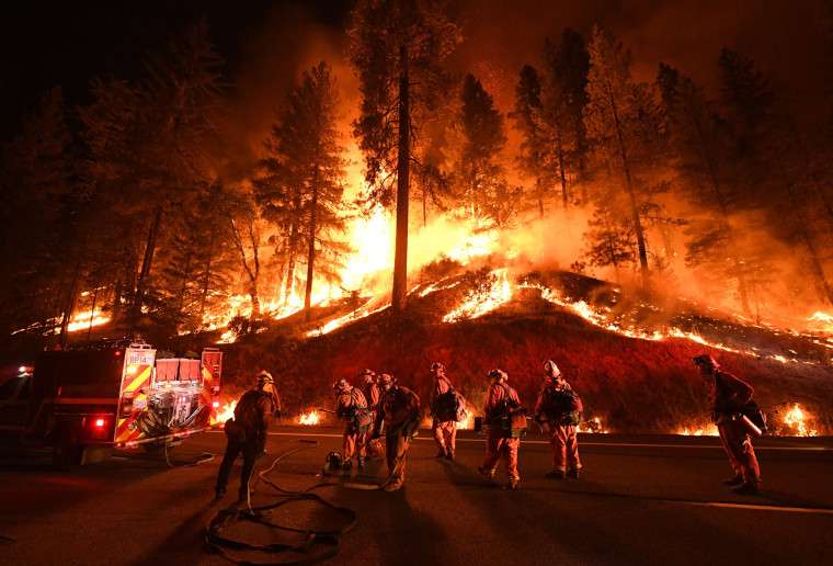 Image: TOPSHOT-US-CALIFORNIA-FIRE