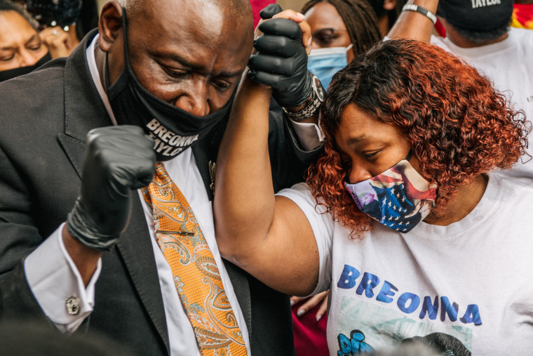 Image: *** BESTPIX *** City Of Louisville Announces Settlement With Breonna Taylor's Family Over Police Killing