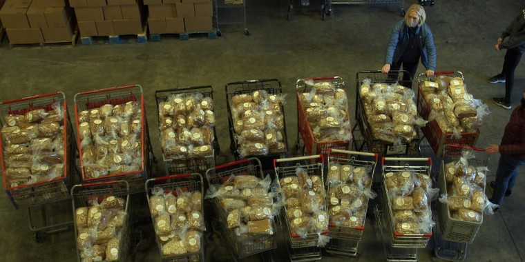 Seattle-based Community Loaves has delivered over 1,300 loaves of bread to a local food bank.