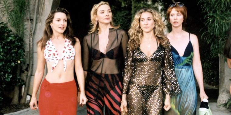 SEX AND THE CITY, (Season 3), Kristin Davis, Kim Cattrall, Sarah Jessica Parker, Cynthia Nixon, 1998