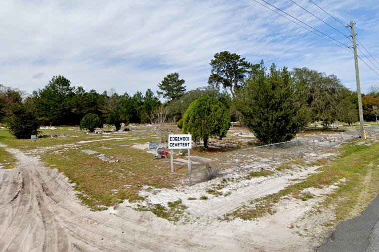 Edgewood Cemetery in Mount Dora, Fla.
