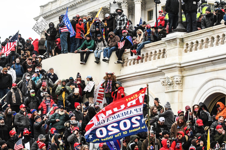 Image: Trump supporters protest during a Stop the Steal rally at the U.S. Capitol