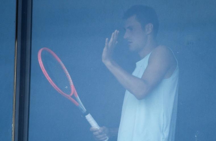 Image: TENNIS-AUS-OPEN-HEALTH-VIRUS