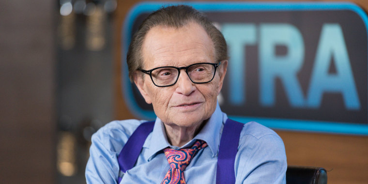 "Katherine Schwarzenegger, Phil Stutz And Larry King Visit ""Extra"""