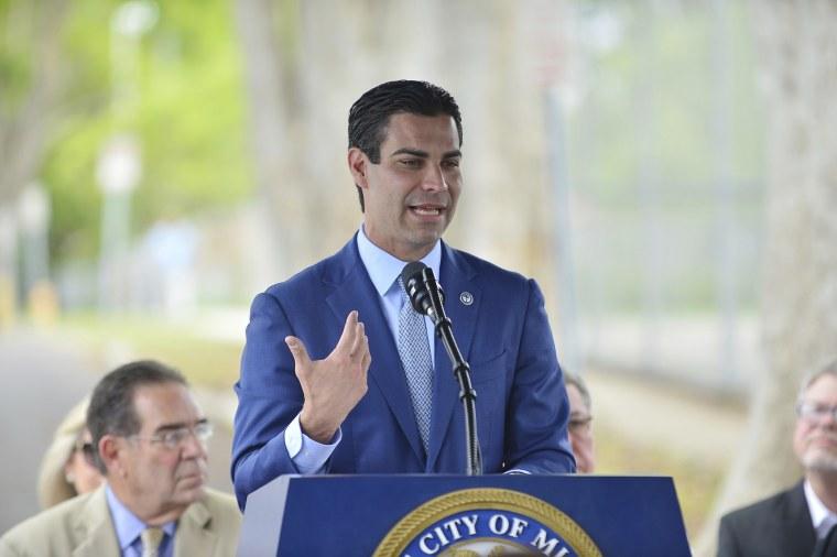 Mayor Francis Suarez speaks in Miami in 2018.