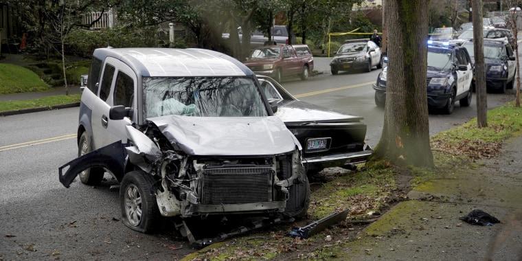 Image: Image: car hits pedestrians