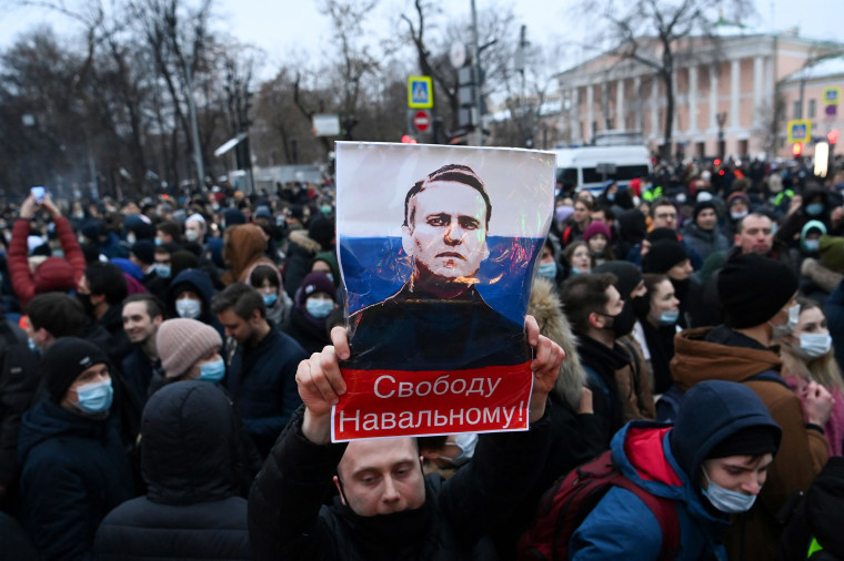 Image: Protesters in Moscow