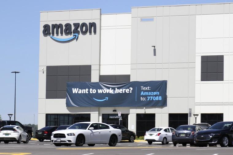 Image: Amazon fulfillment center