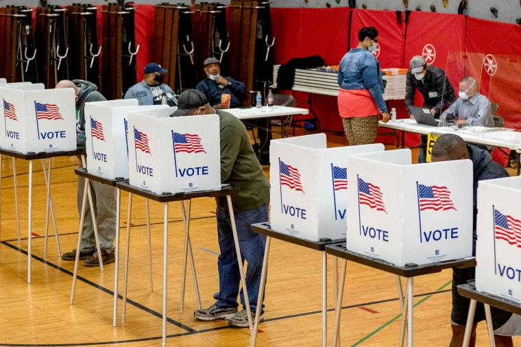 Image: US-VOTE-MICHIGAN