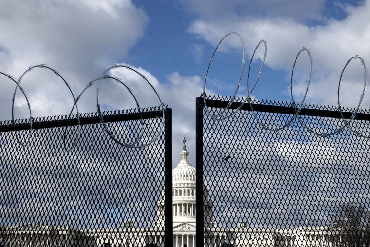 Image: ***BESTPIX*** Acting Capitol Police Chief Recommends Permanent Fencing Around US Capitol