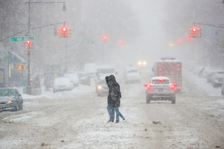 Image: Snow storm in New York City