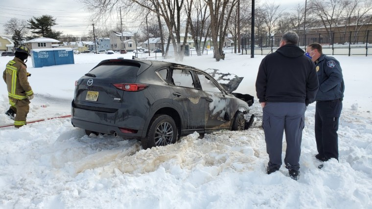 Driver stuck in snow burns to death after repeatedly revving SUV's engine