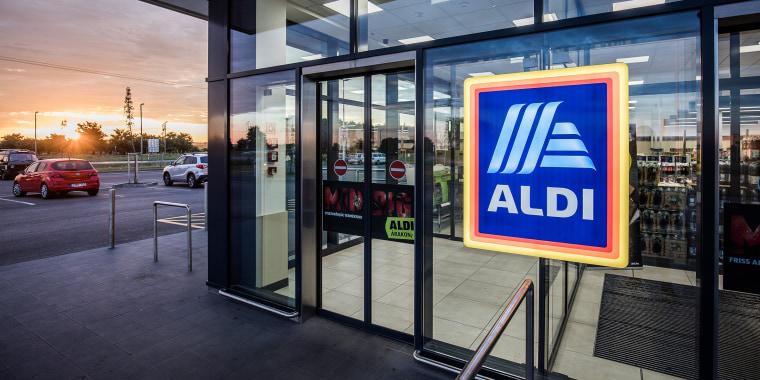 Inside An Aldi Stores Ltd. Supermarket As Chain Sets Sustainability Goals