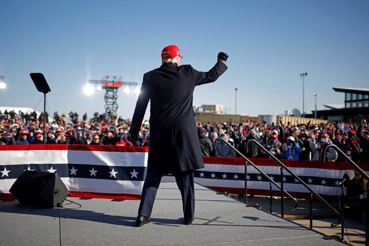 President Trump campaigns in Iowa