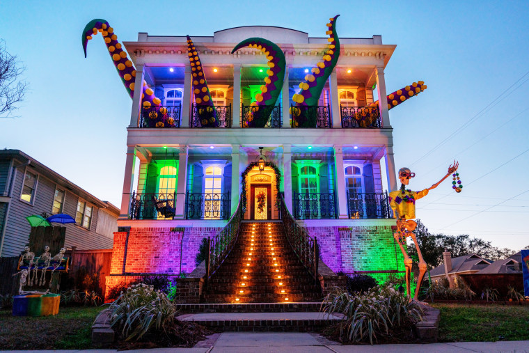 Image: New Orleans celebrates Mardi Gras differently because of COVID-19