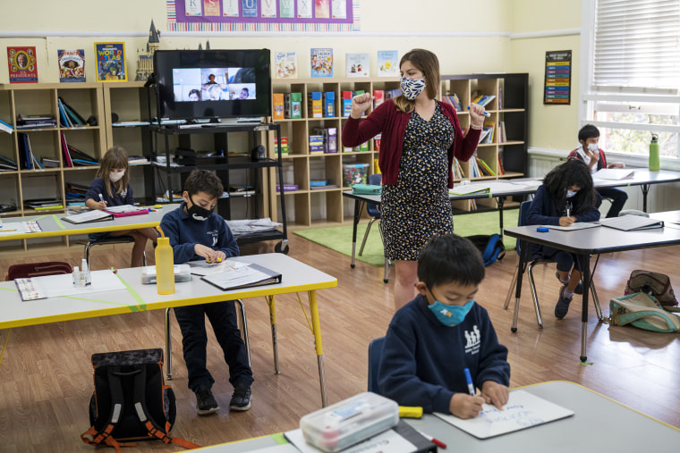 Elementary Students Attend Class For In-Person Learning