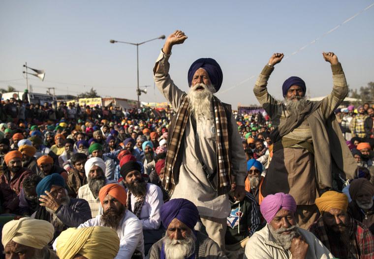 Farmers Continue Blockade Of Highways Leading Into Delhi