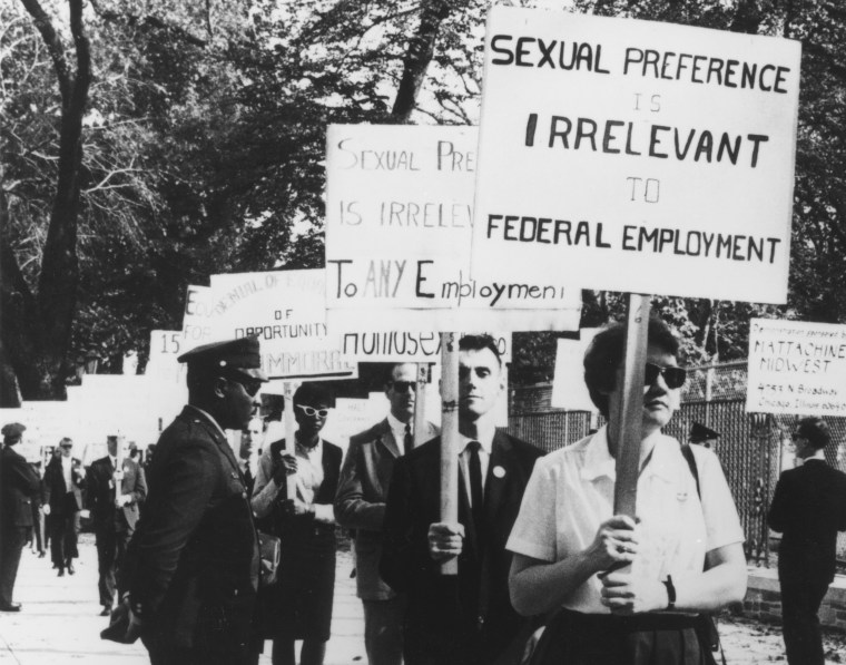 Barbara Gittings and other gay rights activists picket outside the White house in 1965.