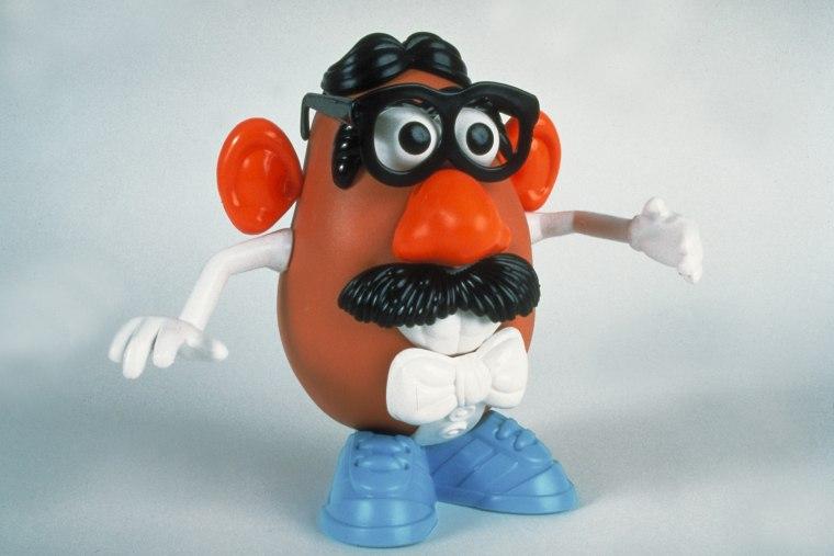 Mr. Potato Head toy w. detachable access
