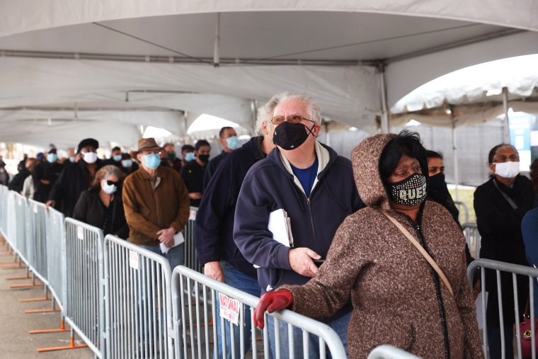 Image: Chicago's United Center Opens As Mass Vaccination Site
