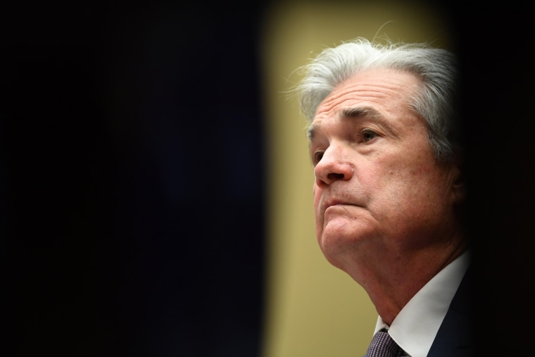 Image: Jerome Powell during a hearing in Washington