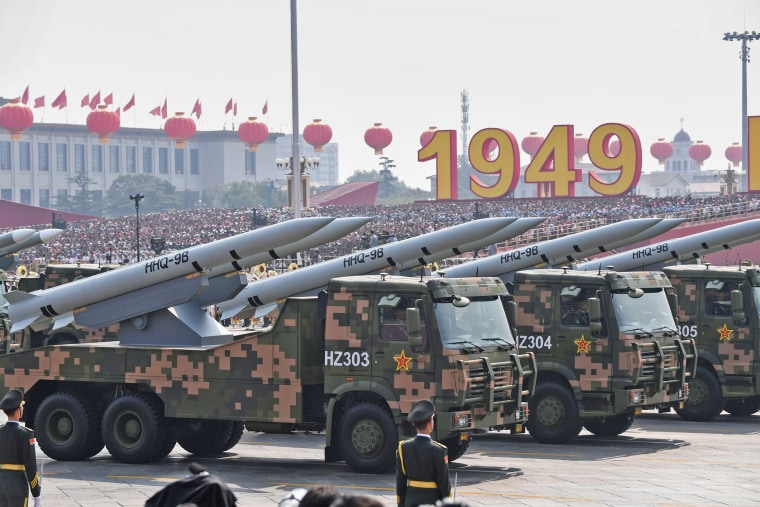 Image: HHQ-9B surface-to-air missiles in a military parade at Tiananmen Square