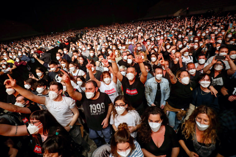 Image: People attend first massive concert since the beginning of COVID-19 pandemic in Barcelona