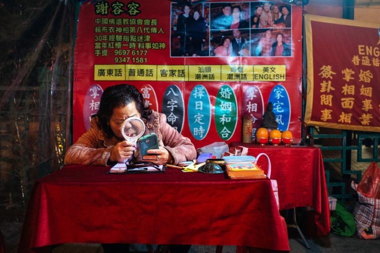 Image: Hong Kong fortuneteller