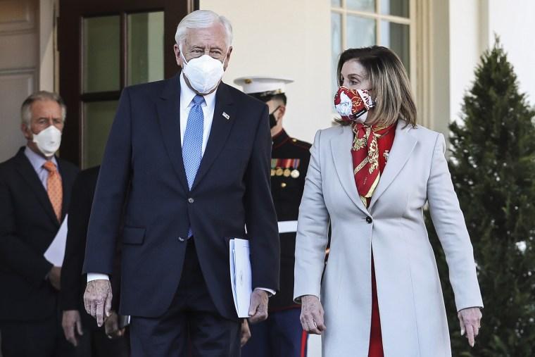 Image: Nancy Pelosi and Steny Hoyer