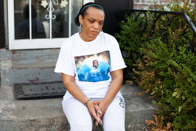 Image: Angela McMiller outside her home in Chicago