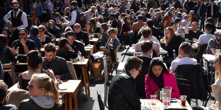 Lockdown easing, al-fresco dining, London