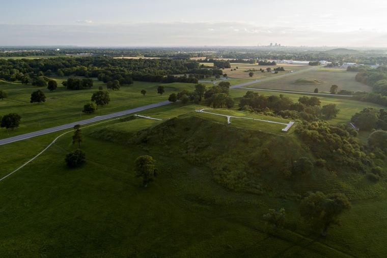 Cahokia Mounds In Illinois