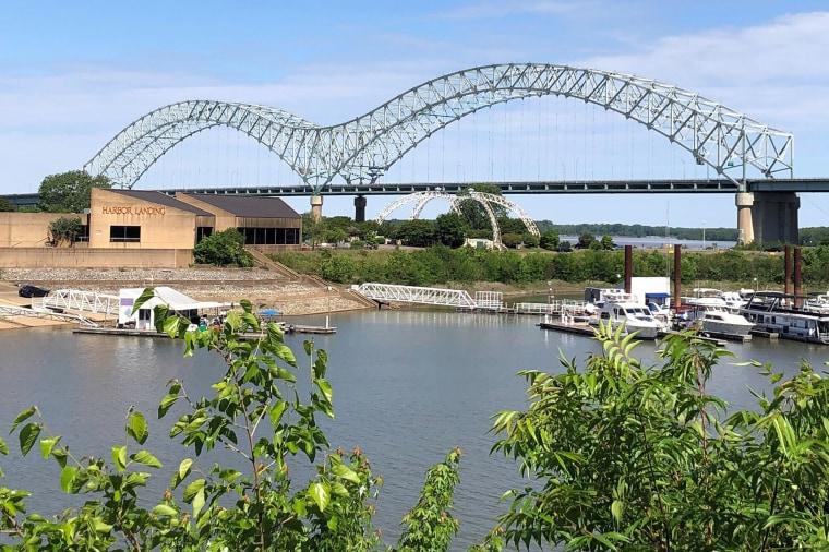 Image: Interstate 40 bridge