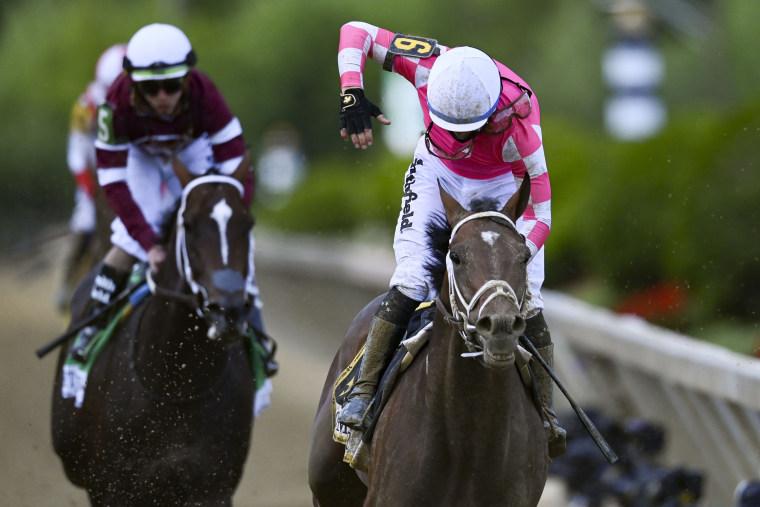 Image: Horse Racing: Preakness