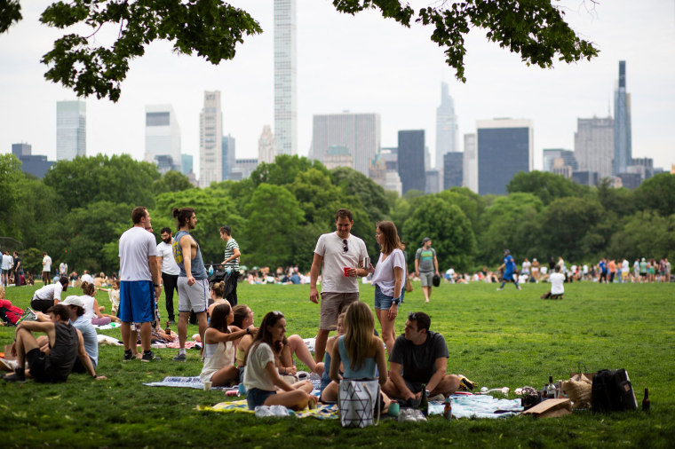 Image: People gather in Central Park in New York on May 22, 2021.