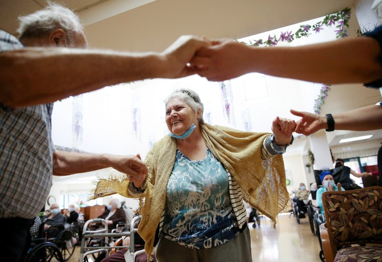 Image: Los Angeles Nursing Facility Holds First Social Event Since Start Of Pandemic