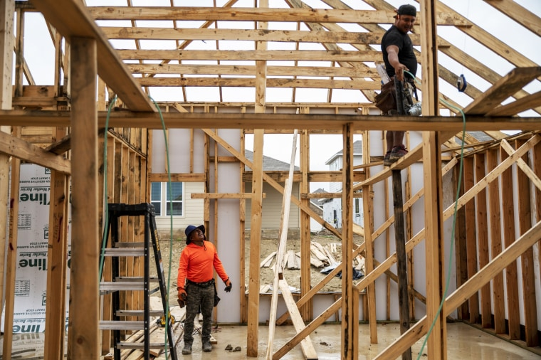 Housing Is So Hot That U.S. Builders Have to Stop Taking Orders