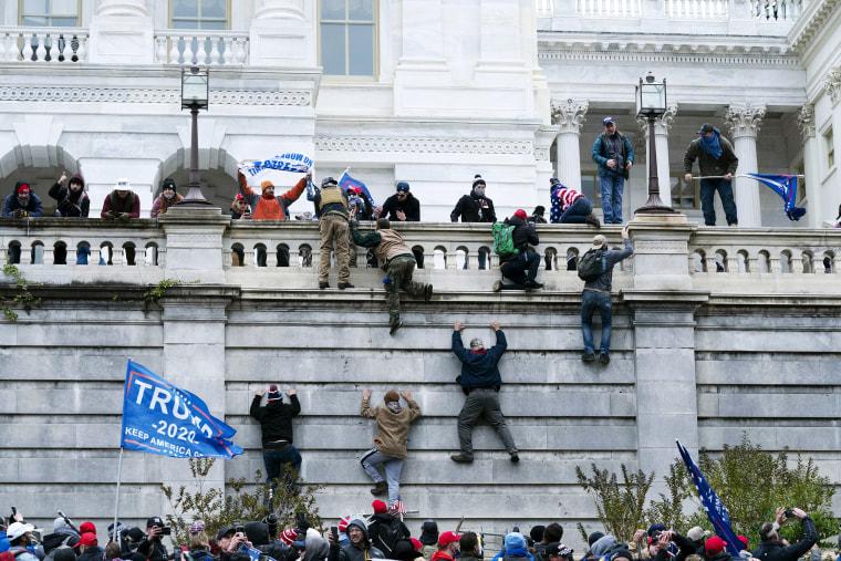 Image: Washington clash riot capitol